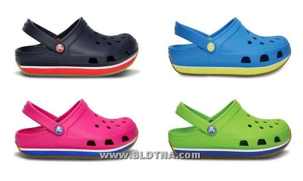 1cae14f5b9bf2 تعرض crocs كبرى الشركات العالمية الرائدة في تصنيع أحذية الرجال والنساء  والأطفال، مؤخراً عن تشكيلة أحذيتها الجديدة لموسم ربيع صيف 2013، التي تبرز  تشكيلة ...